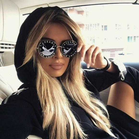 8ff7a66faae Gucci Accessories - Gucci GG0113S Round A Veugle Par Amour Sunglasses